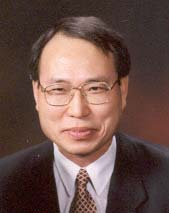 Emeritus Professor 사진