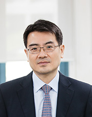 Baik,  Yoon-suk Associate Professor 사진