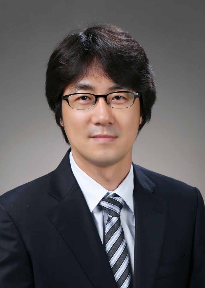 Research Professor 사진