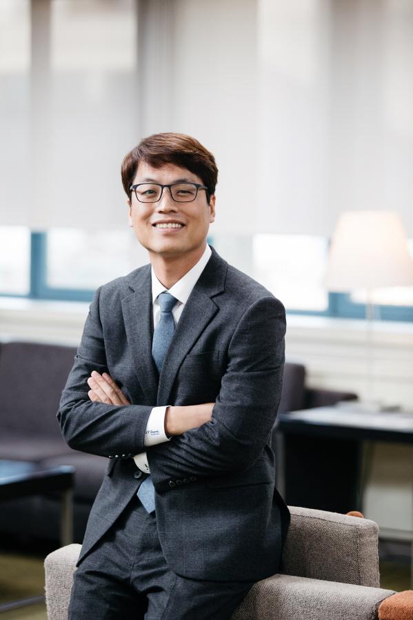 김동규 조교수 사진