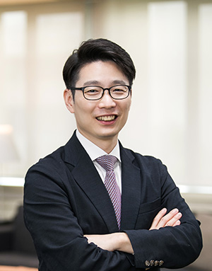 Lee,  Eun-Suk Associate Professor 사진